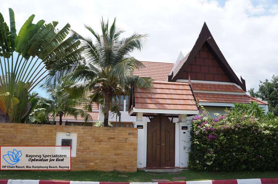 Thai Pool Villa 4 bedrooms Gallery 1