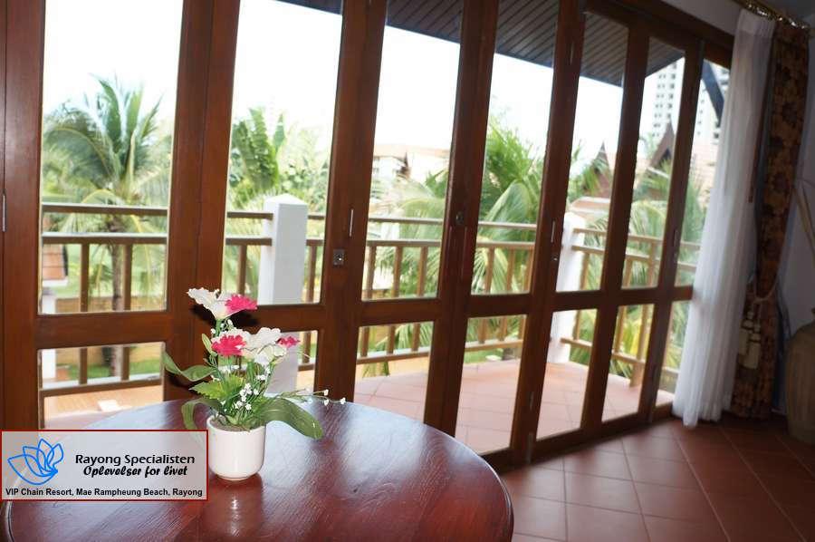 Thai Pool Villa 4 bedrooms Gallery 15
