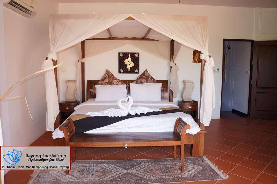 Thai Pool Villa 4 bedrooms Gallery 17