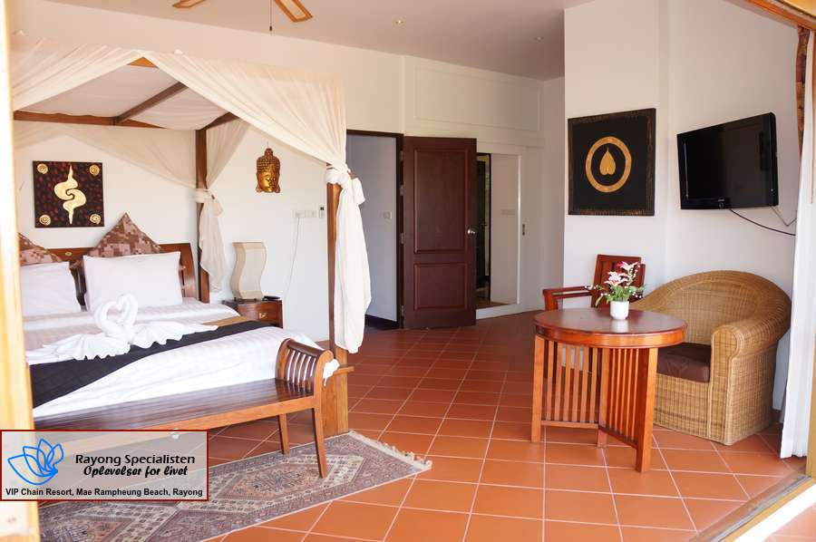 Thai Pool Villa 4 bedrooms Gallery 18