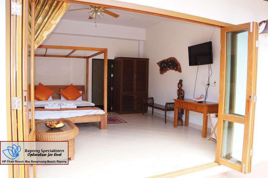 Thai Pool Villa 4 bedrooms Gallery 4