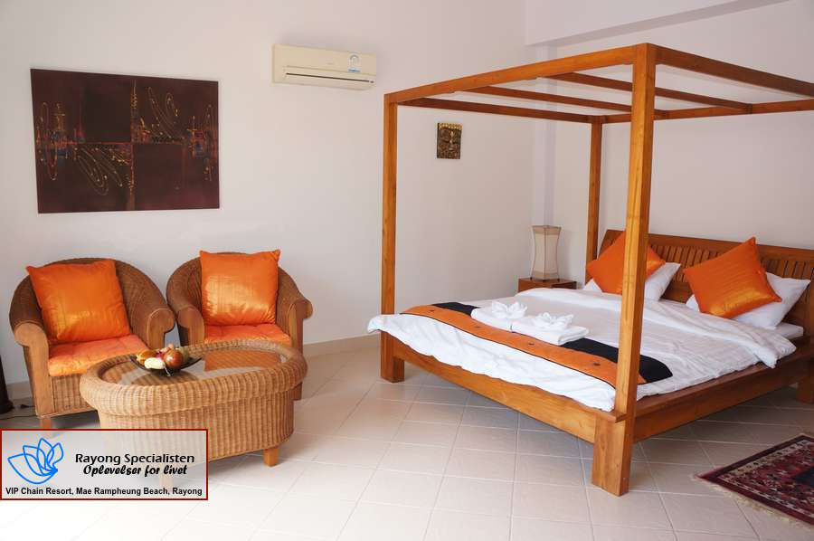 Thai Pool Villa 4 bedrooms Gallery 5