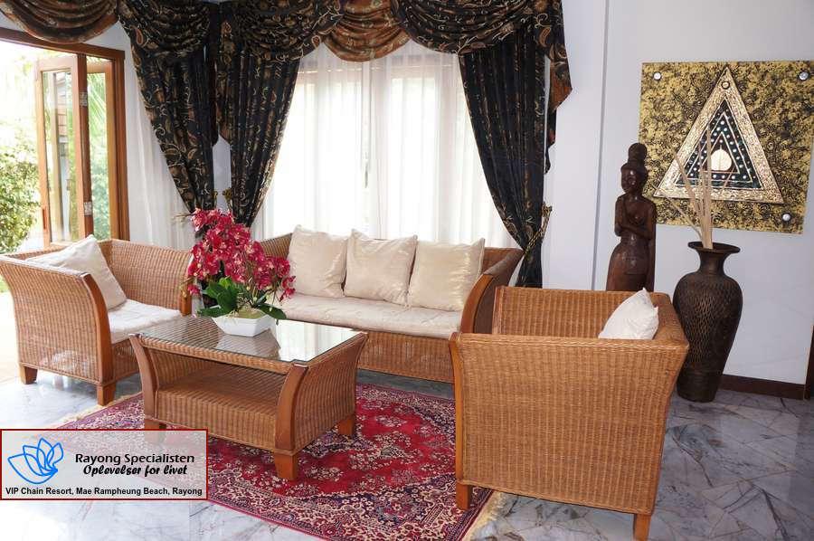 Thai Pool Villa 4 bedrooms Gallery 9